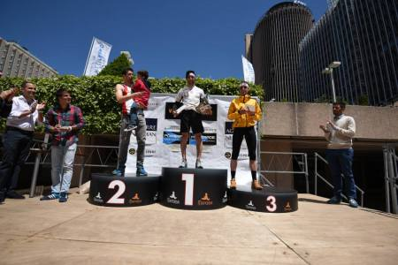 The winner's podium with Montero Justo (l), Robles (c) and Majcen (r).