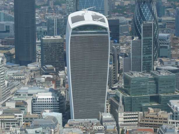 walkie_talkie_building_01