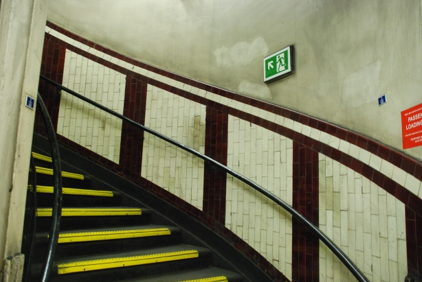 Belsize_Park_Station._Emergency_Stairs
